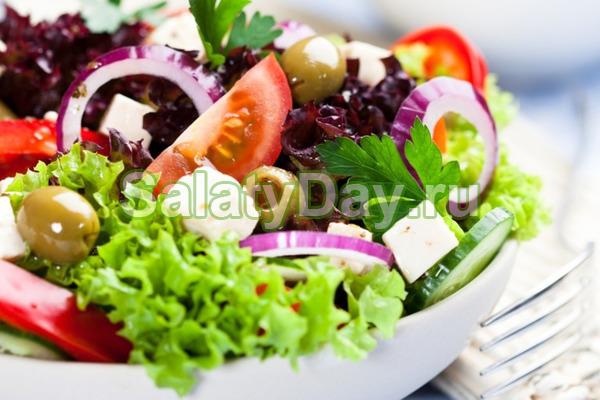 Весенний Греческий салат