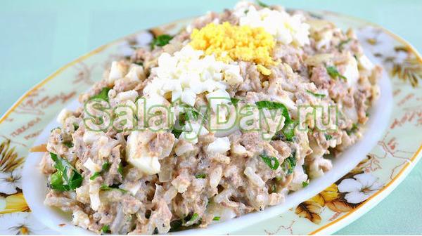 Салат яичный с сайрой