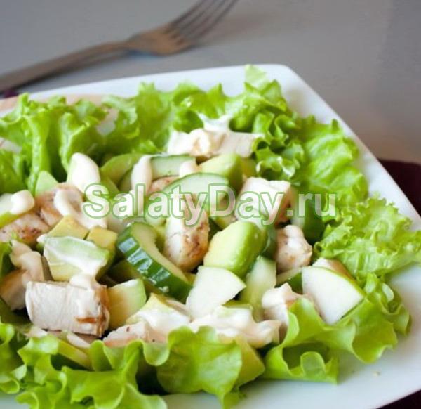 Салат из курицы со свежим огурцом