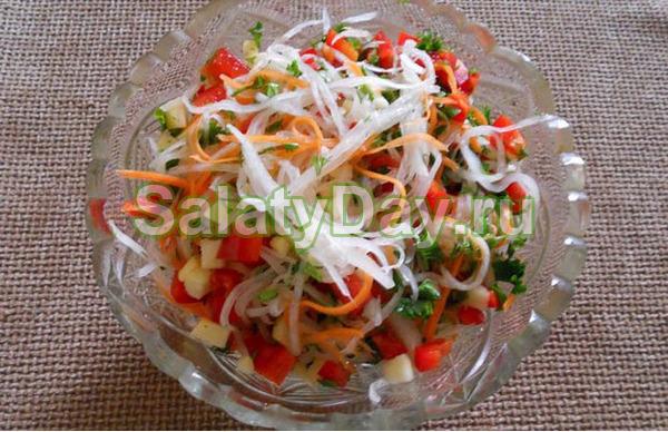 Свежий салат с болгарским перцем