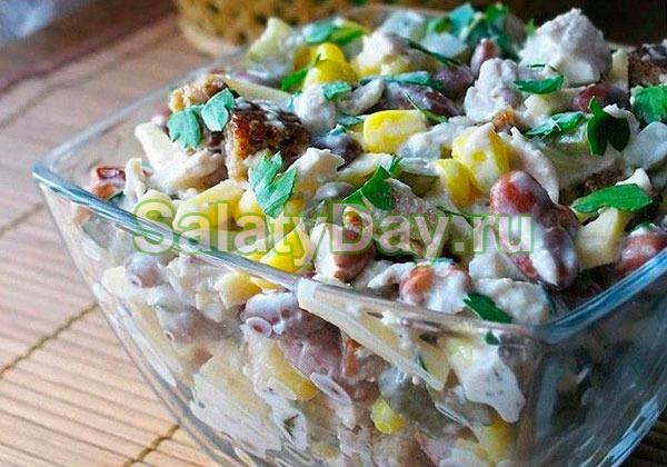 Салат из фасоли и кукурузы с сухариками и домашним майонезом оригинальный рецепт