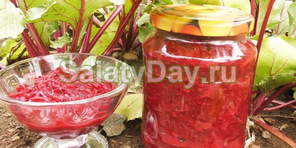 Салат «Аленка» из свеклы в томате –  вкусное, нежное  блюдо