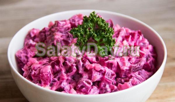 Салат «Виолетта» с сыром