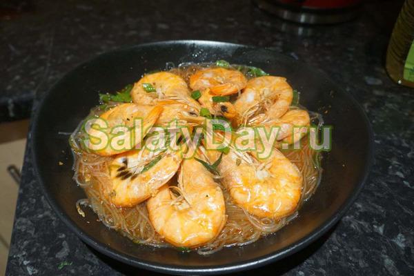 Фунчоза с креветками - классический тайский рецепт