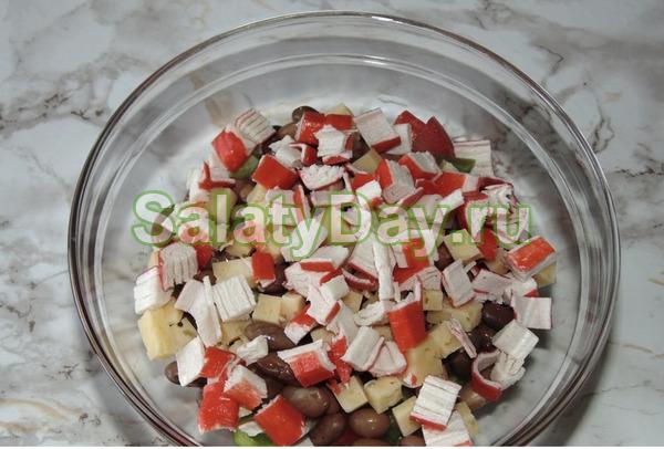 Легкий салат с латуком