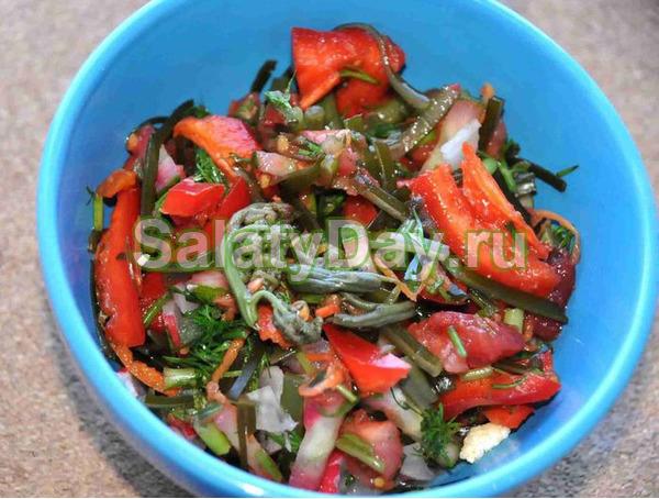 Вегетарианский салат из папоротника