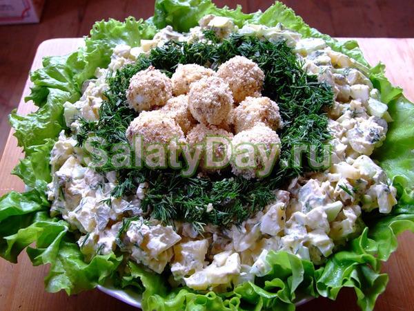 Очень вкусный салат с куриной грудкой и киви