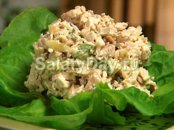 Салат из говядины с грибами и сыром